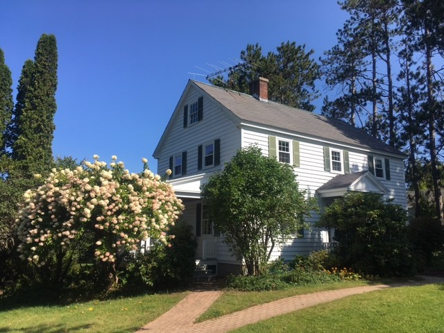 NEW LONDON NH Home for sale $$349,000 | $202 per sq.ft.