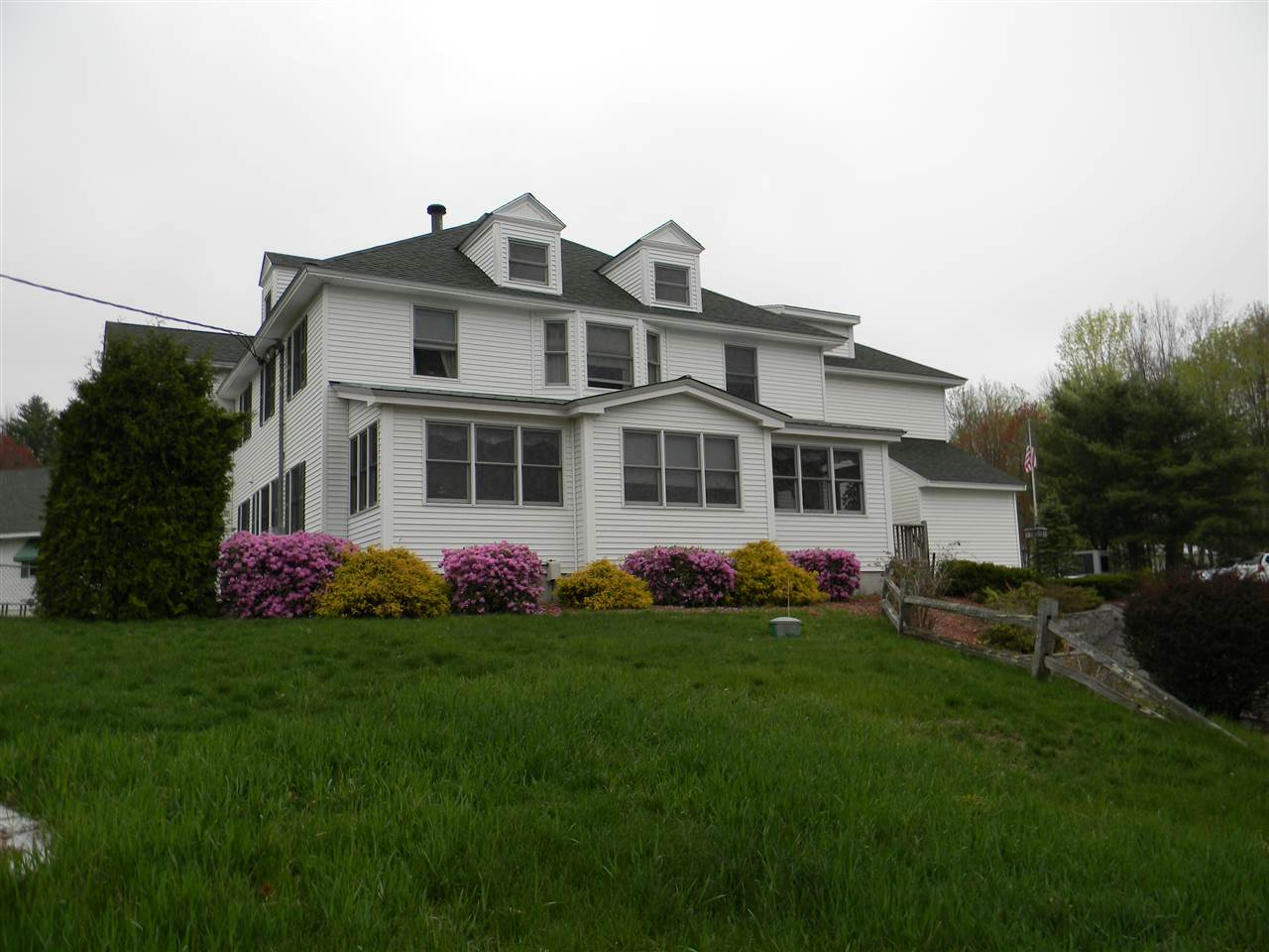 GOFFSTOWN NH Apartment for rent $Apartment For Lease: $1,000 with Lease Term