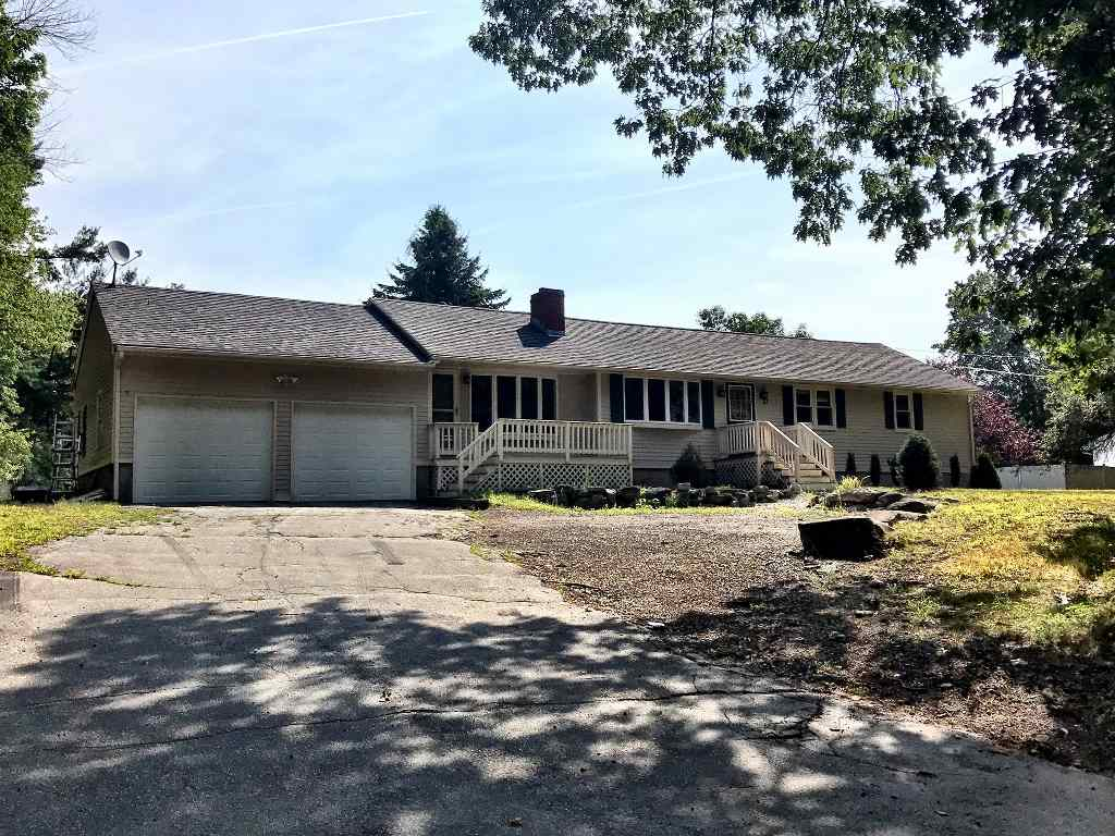 Windham NHHome for sale $List Price is $325,000