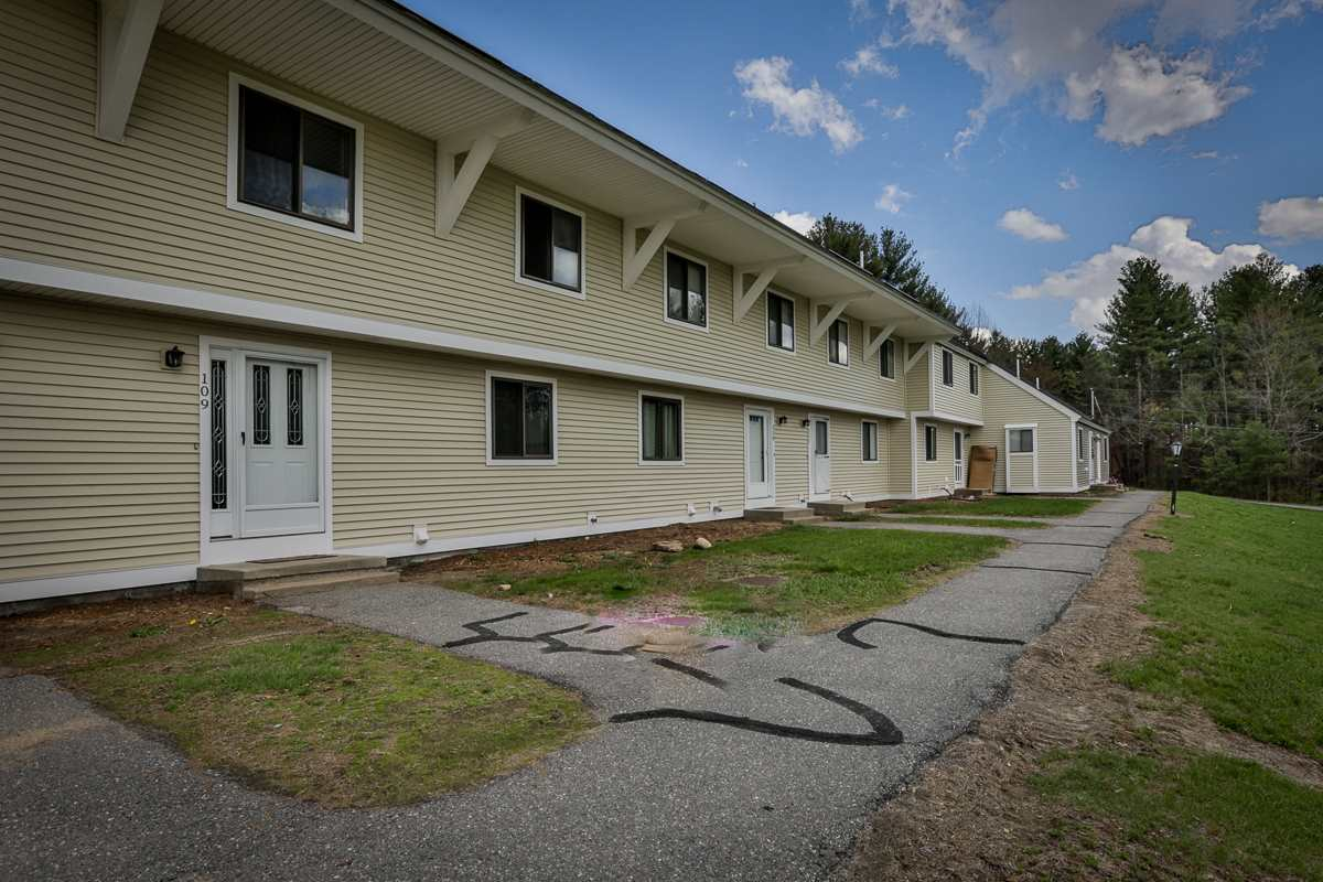 LONDONDERRY NHCondo for rent $Condo For Lease: $1,700 with Lease Term