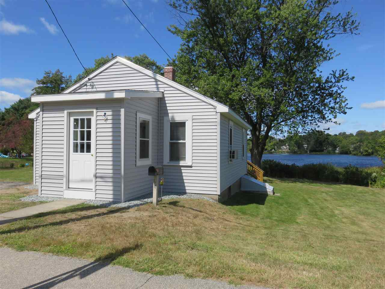 Allenstown NH Home for sale $List Price is $179,900