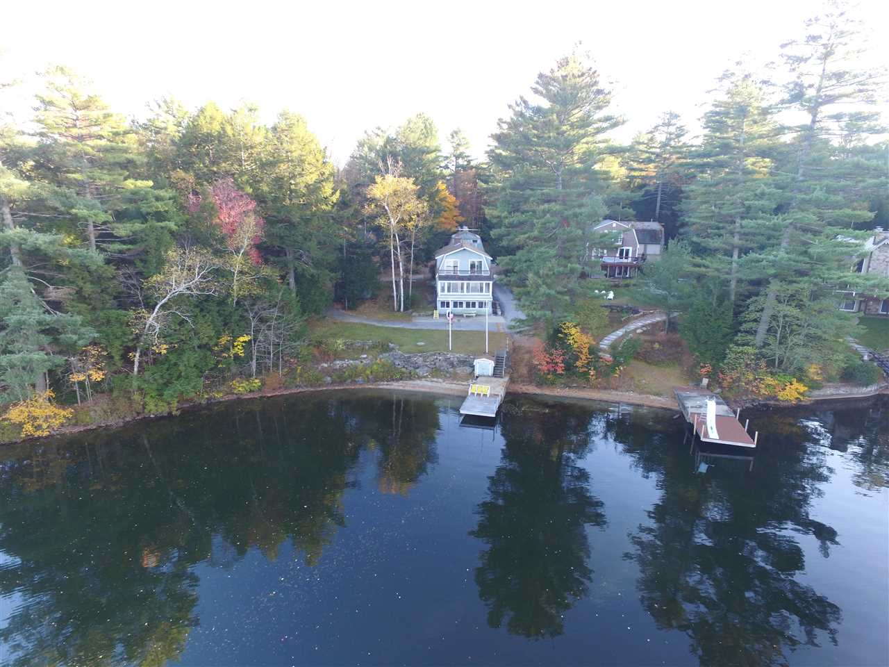 SUNAPEE NH Lake House for sale $$649,900 | $308 per sq.ft.
