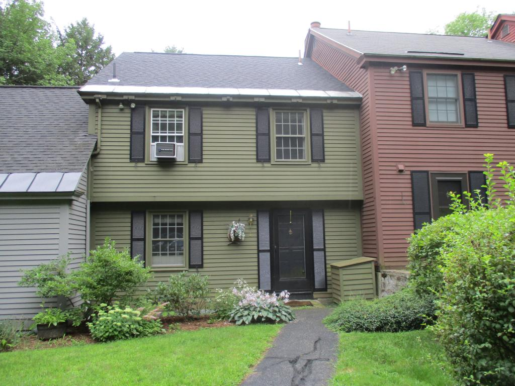 Quechee VT Condo for sale $135,000