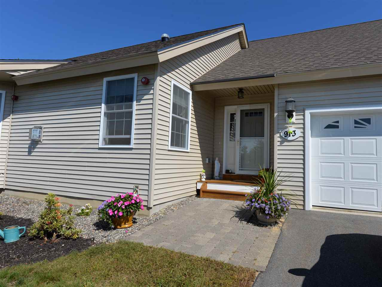 Fremont NH Condo for sale $List Price is $244,900