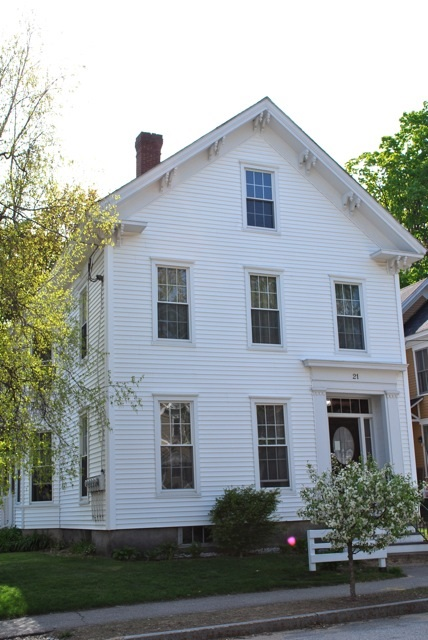 CONCORD NH Apartment for rent $Apartment For Lease: $900 with Lease Term