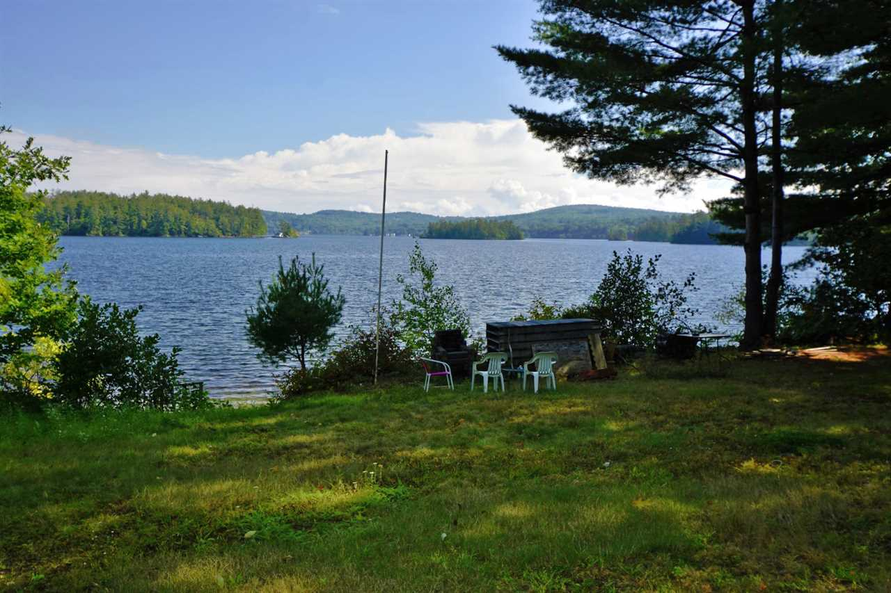 Center Harbor NH Home for sale $$375,000 $462 per sq.ft.