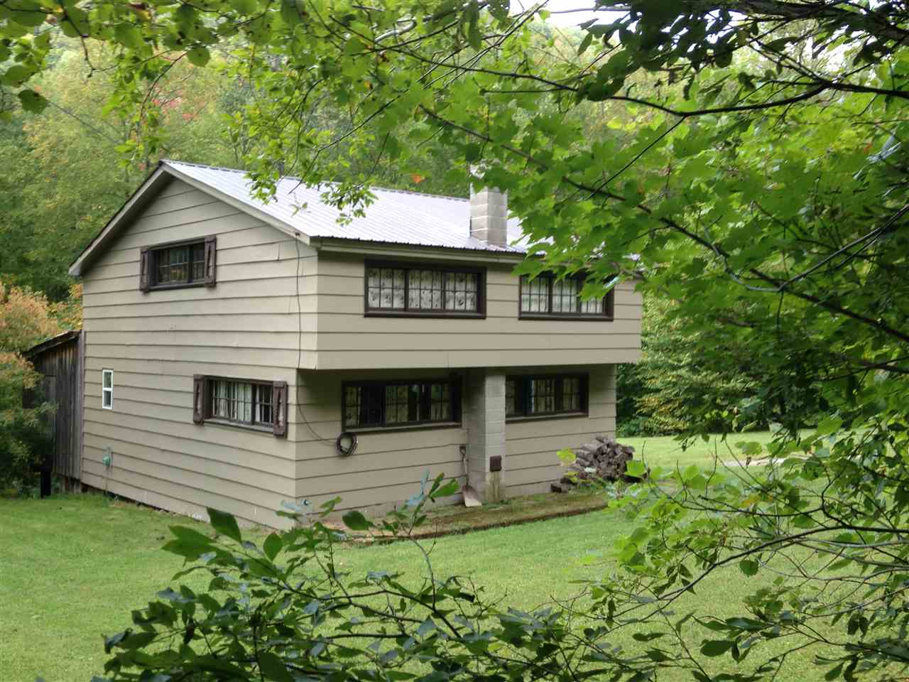 Residential homes and real estate for sale in wells vt by for Vermont country homes