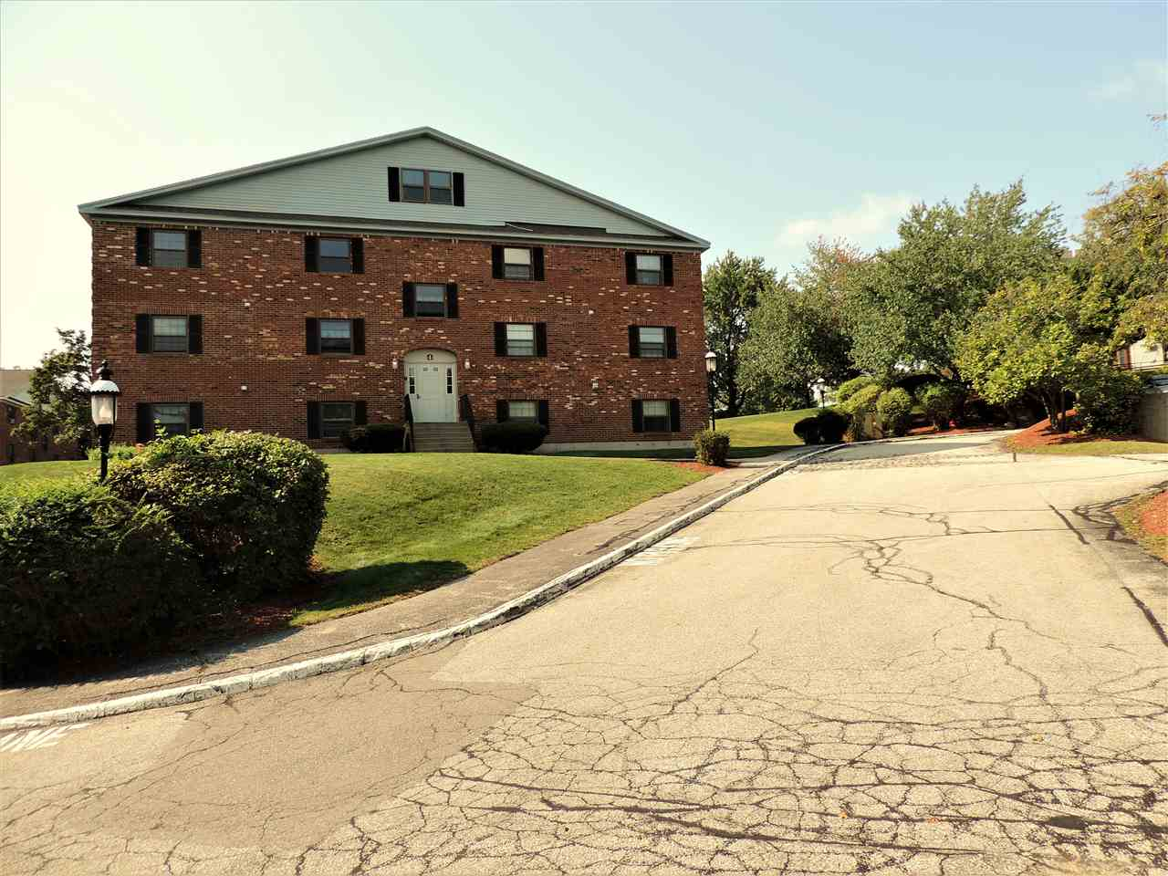 image of Derry NH Condo | sq.ft. 928
