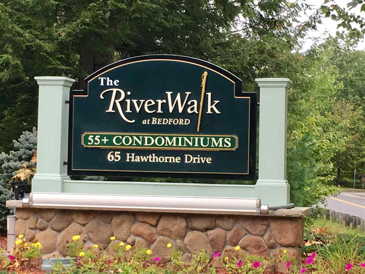 image of Bedford NH Condo | sq.ft. 1425
