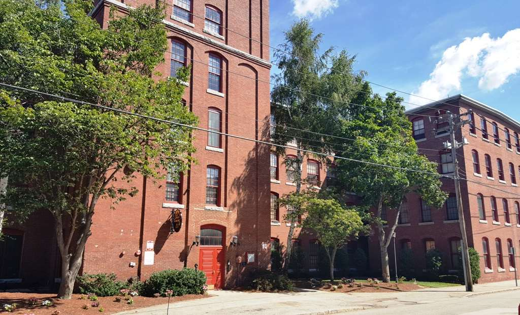 Manchester NH Condo for sale $List Price is $85,000