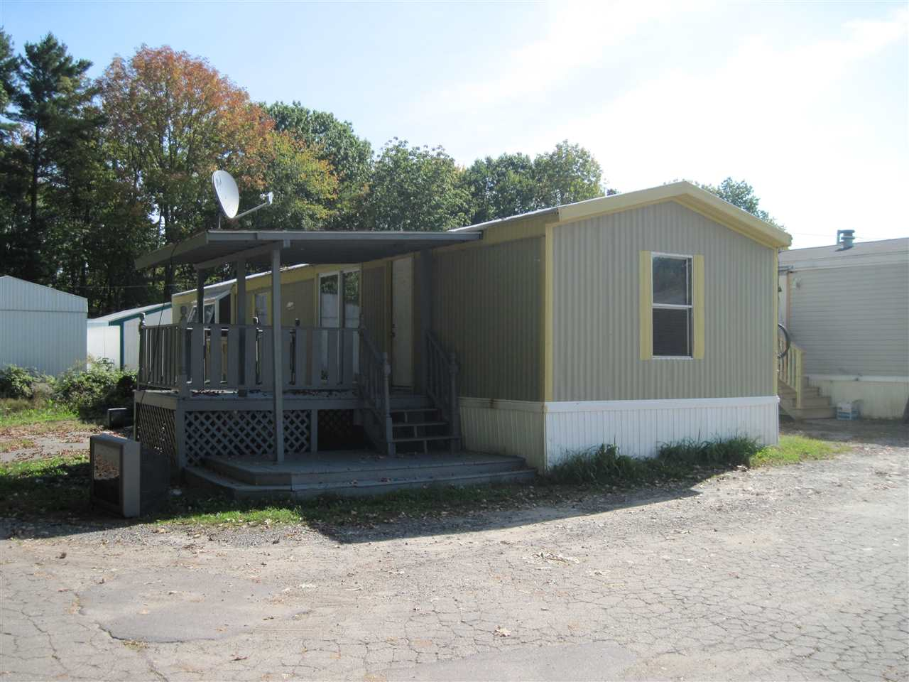 Salem NHMobile-Manufacured Home for sale $List Price is $45,000