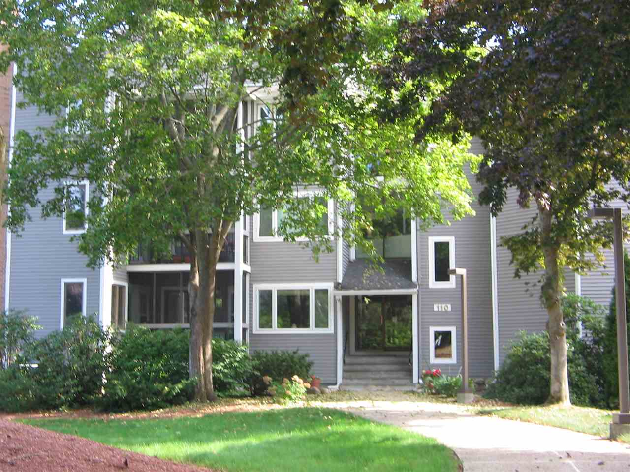Nashua NH Condo for sale $List Price is $197,500