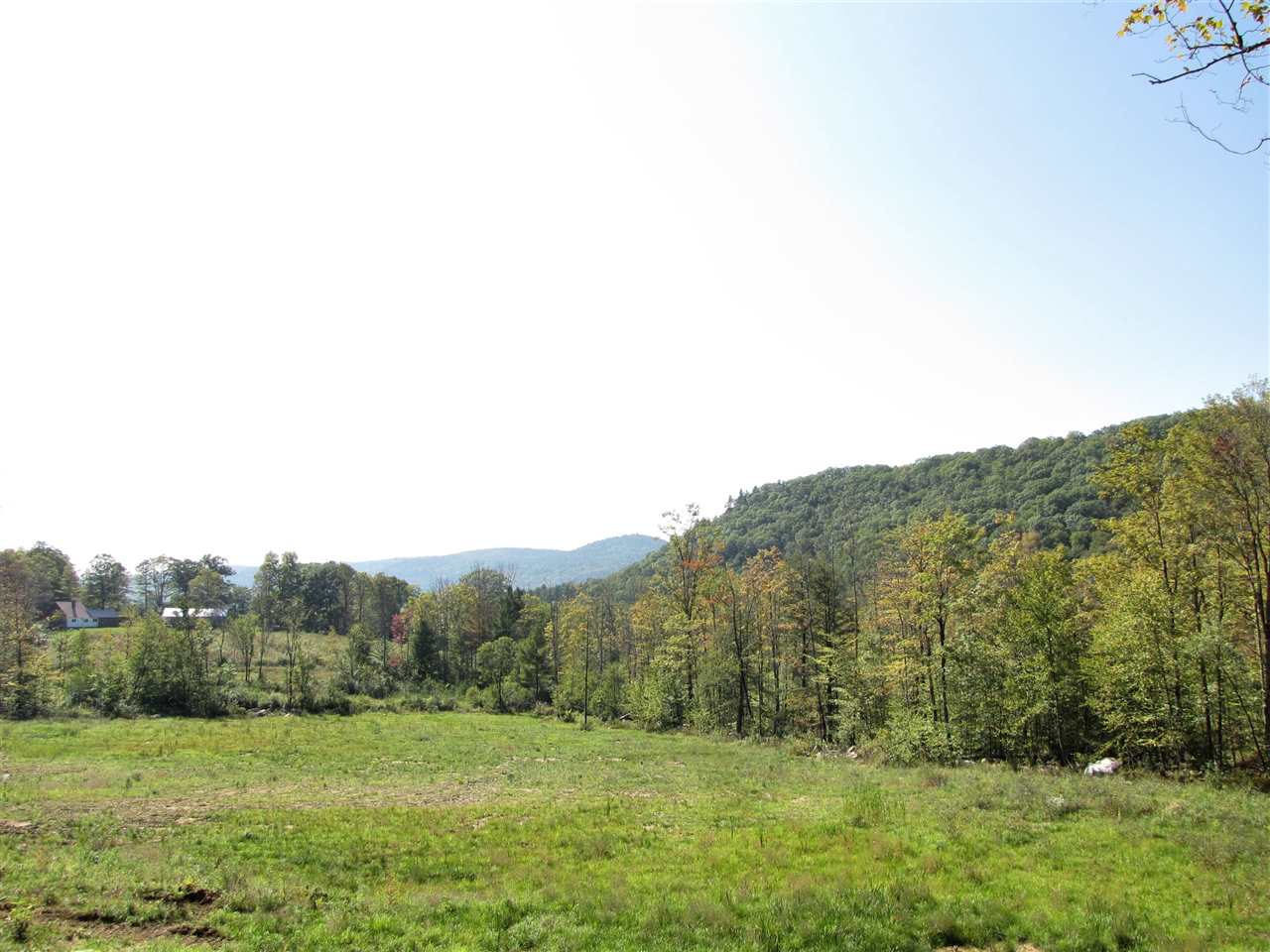 Spectacular 30-plus acre parcel located on a fine...