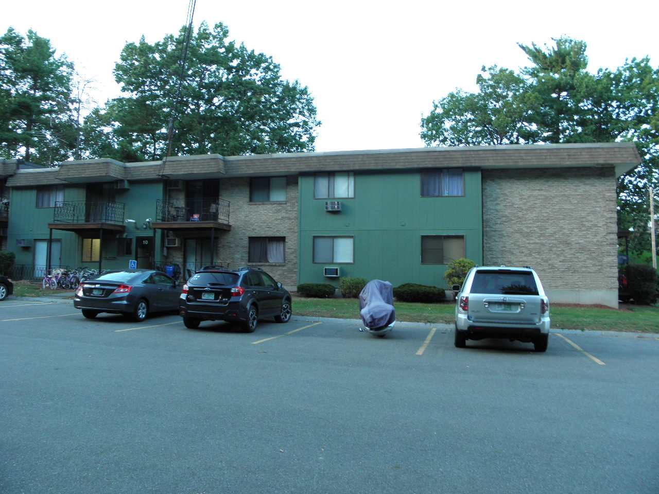 Nashua NH Condo for sale $List Price is $130,000