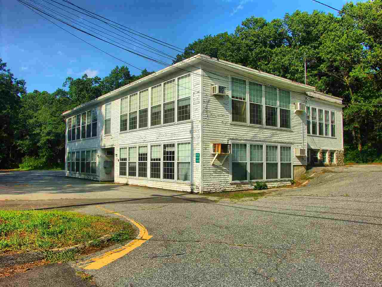 Salem NHCommercial Property for sale $List Price is $449,900