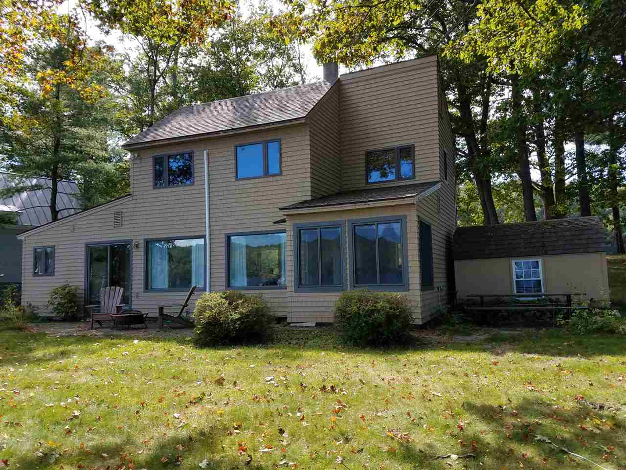 ENFIELD NH Lake House for sale $$515,000 | $348 per sq.ft.