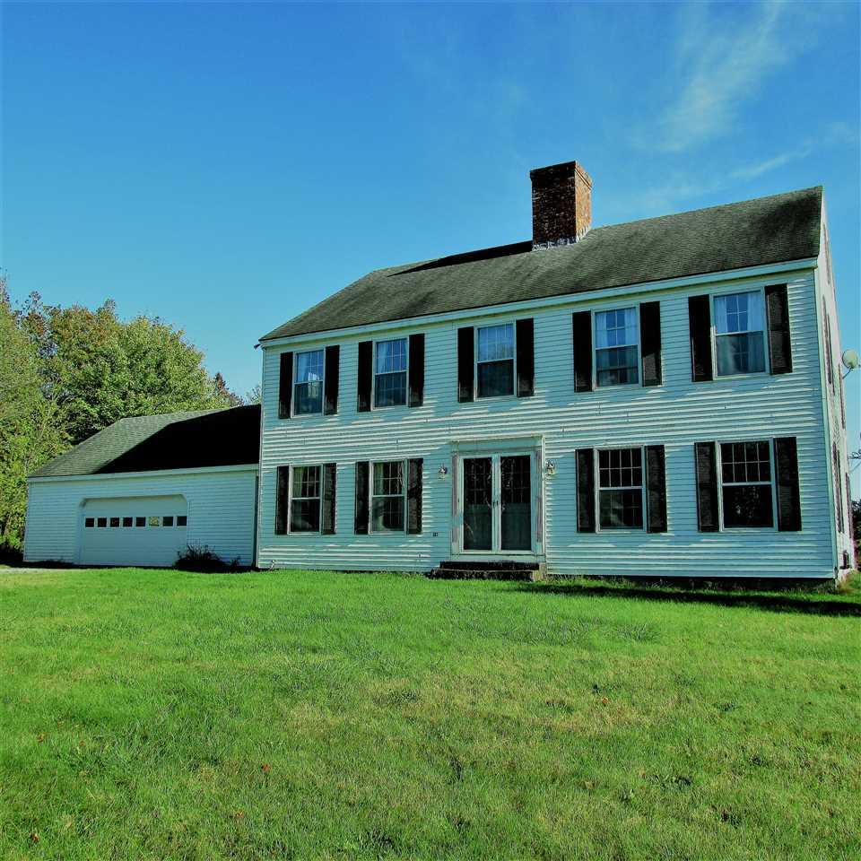 WATERFORD VTLake House for sale $$285,000 | $106 per sq.ft.