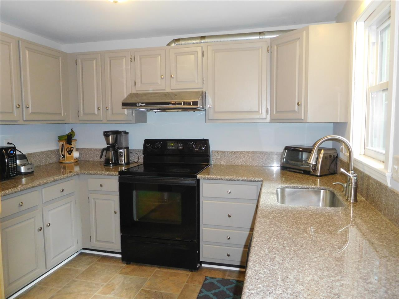 Goffstown NHCondo for sale $List Price is $167,500