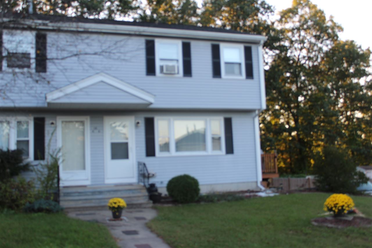 Derry NH Home for sale $List Price is $182,700