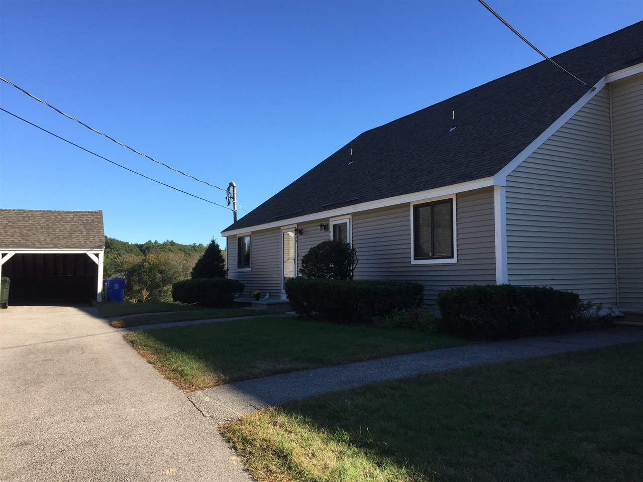 Londonderry NH Condo for sale $List Price is $158,900