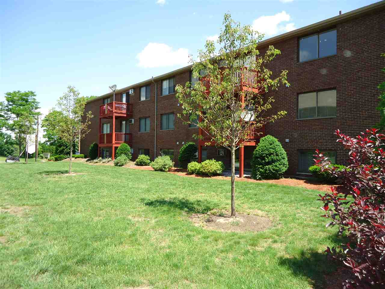 MILFORD NHApartment for rent $Apartment For Lease: $869 with Lease Term