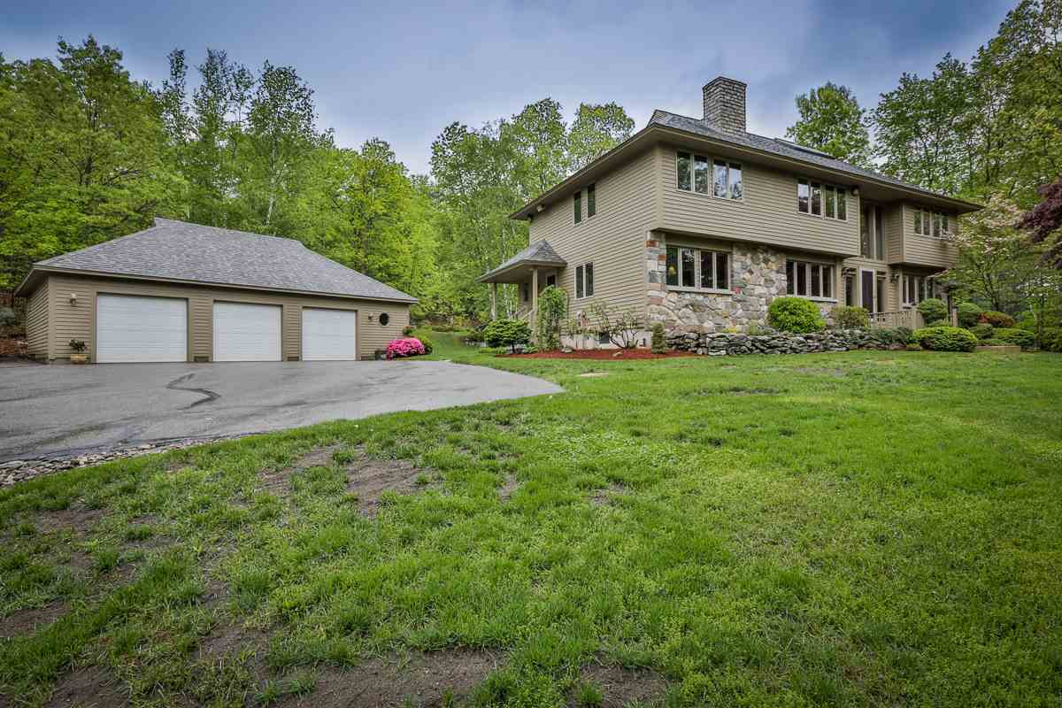 WINDHAM NHSingle Family for rent $Single Family For Lease: $3,200 with Lease Term