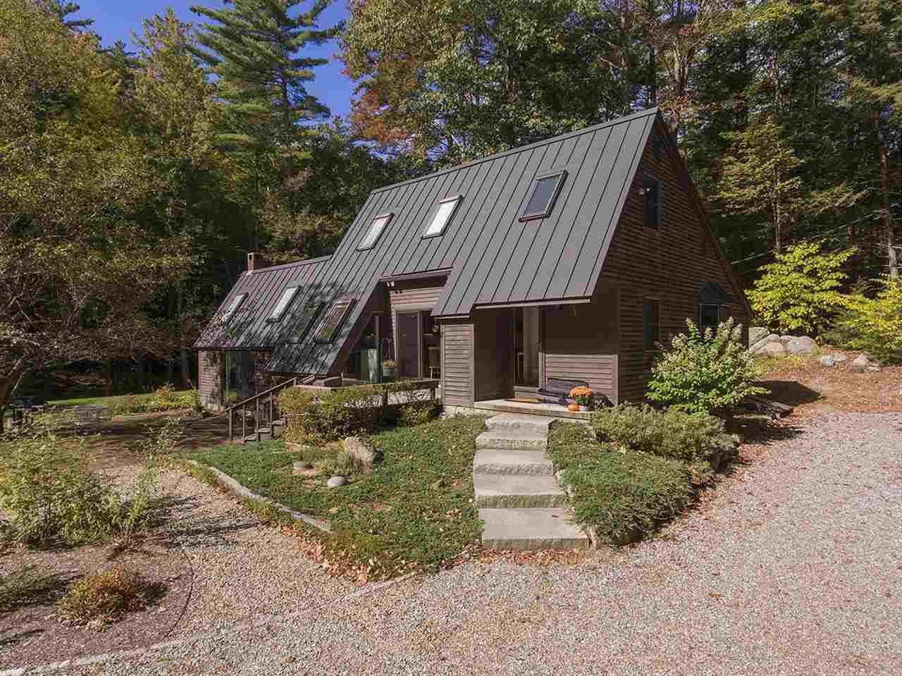 New Hampton NHHome for sale $$399,900 $217 per sq.ft.