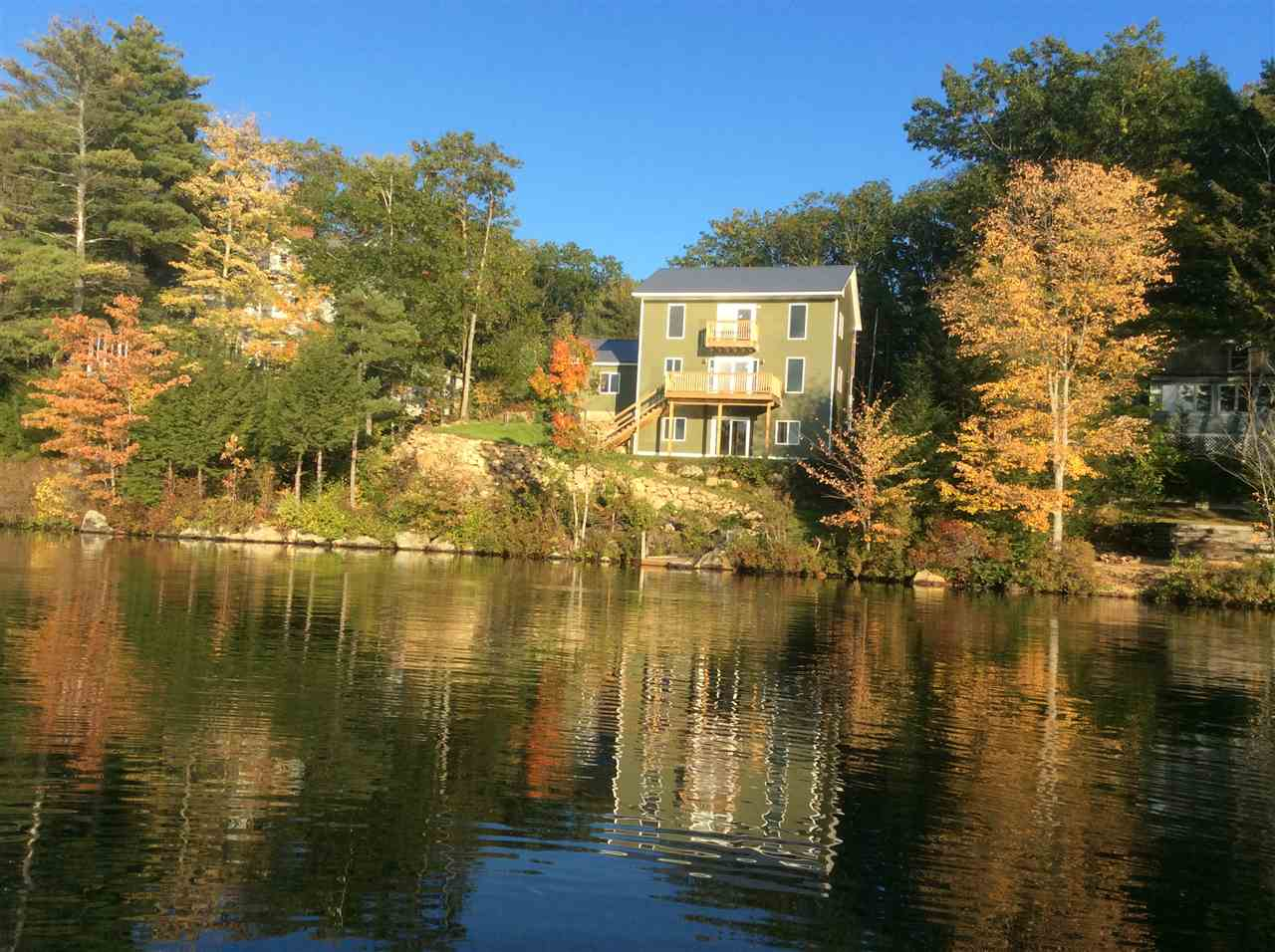Pond Huntress waterfront home for sale in Barnstead