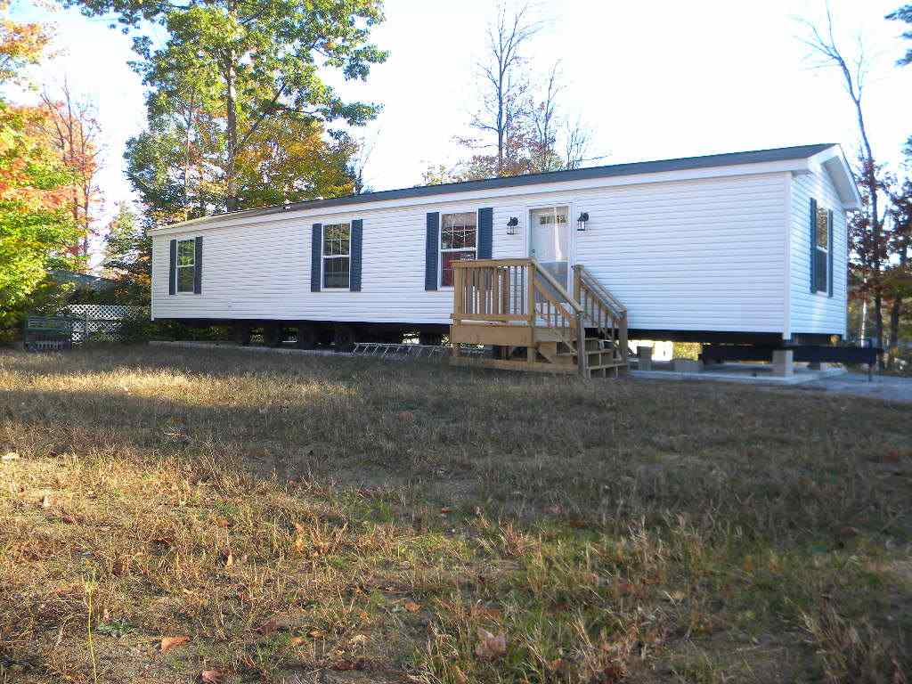 NEWPORT NH Mobile-Manufacured Home for sale $$45,000 | $57 per sq.ft.