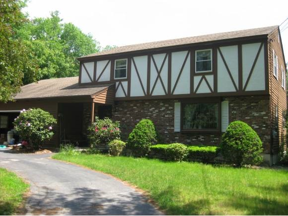 BEDFORD NHSingle Family for rent $Single Family For Lease: $2,600 with Lease Term