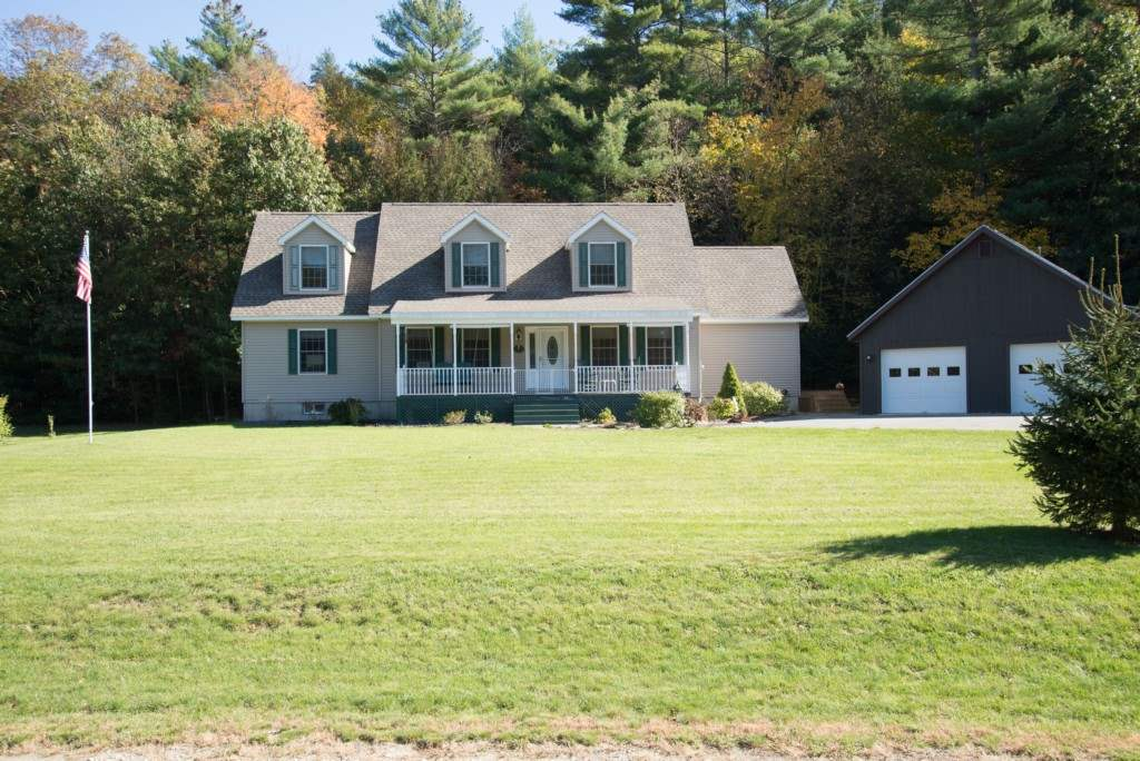 Great home, great location. 3 BR cape on 3.1...