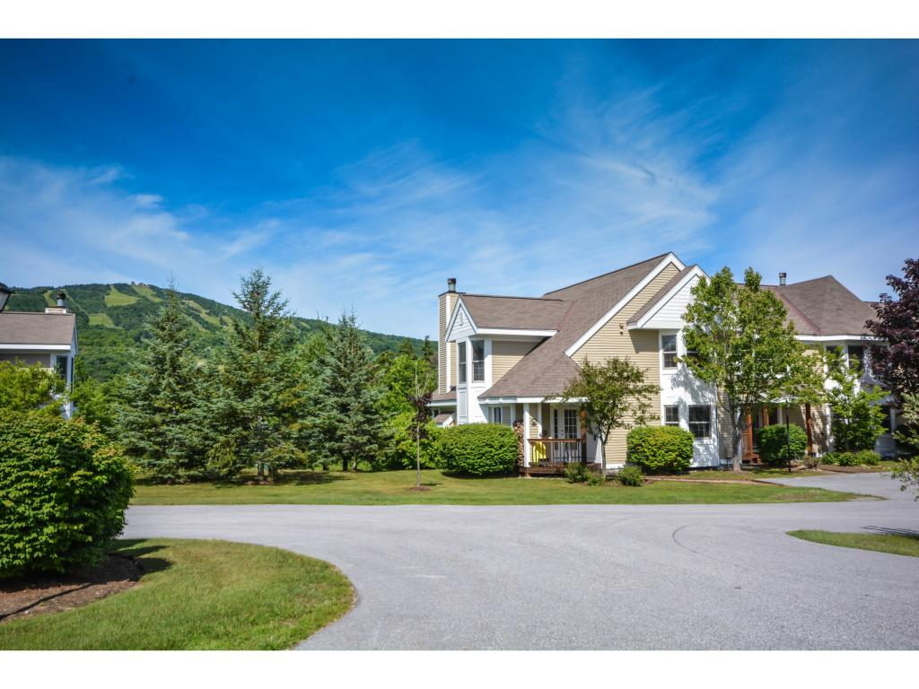 Beautiful 4 bedroom Greenspring townhome with...