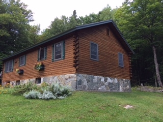 Well cared for 3 bedroom log cabin on a much...