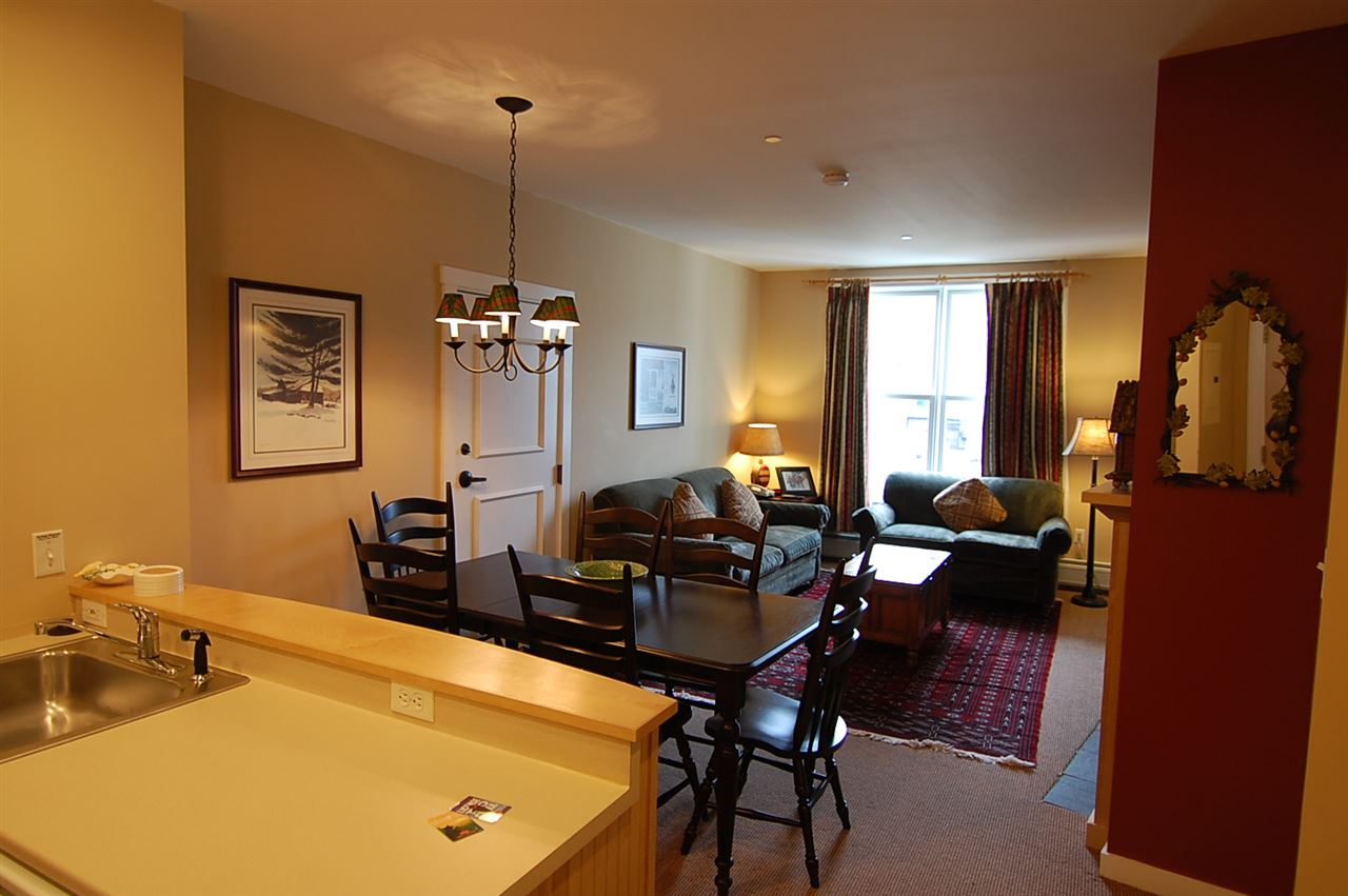 This immaculate one bedroom, one bath condominium...