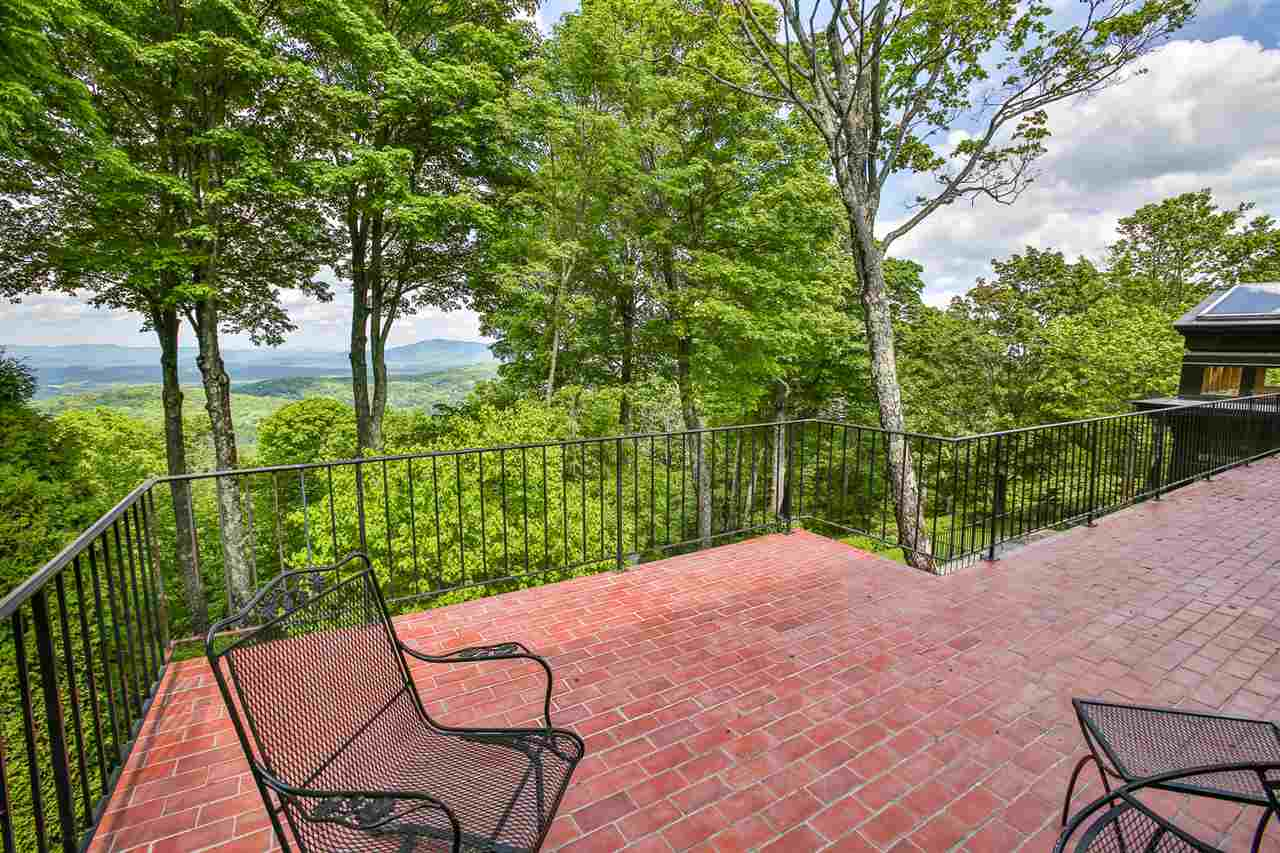 New Price! Stunning panoramic views, a walk...