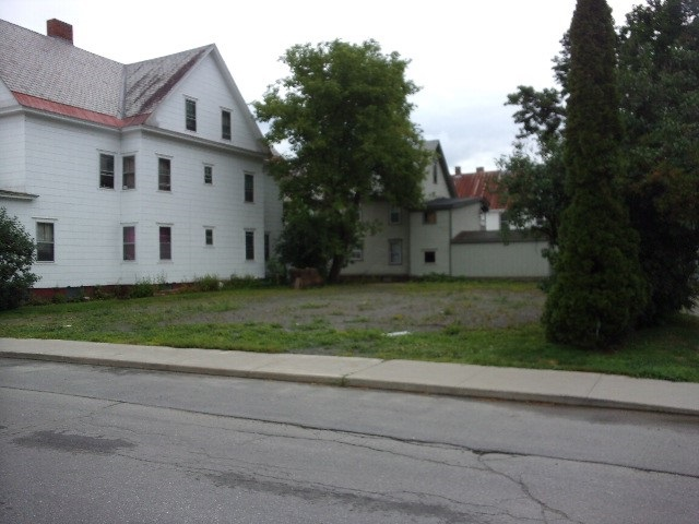 0.13 acre vacant lot located in Bellows Falls,...