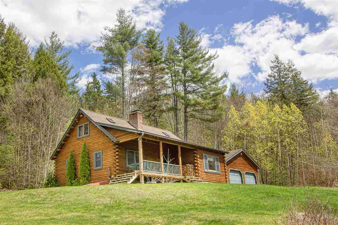 This is a handsome Moosehead Cedar Log home on 10...