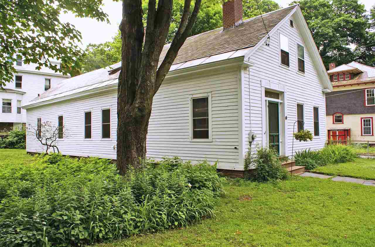 Very cute 1833 Cape on double-lot in a great...