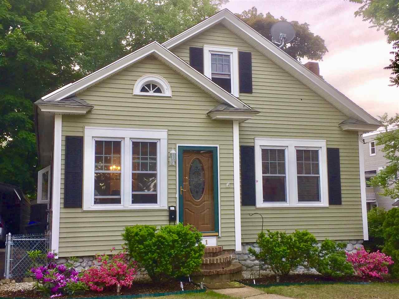 MANCHESTER NH Home for sale $$206,000 | $189 per sq.ft.