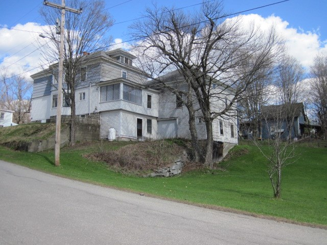 Vermont-Real-Estate-4726002-27