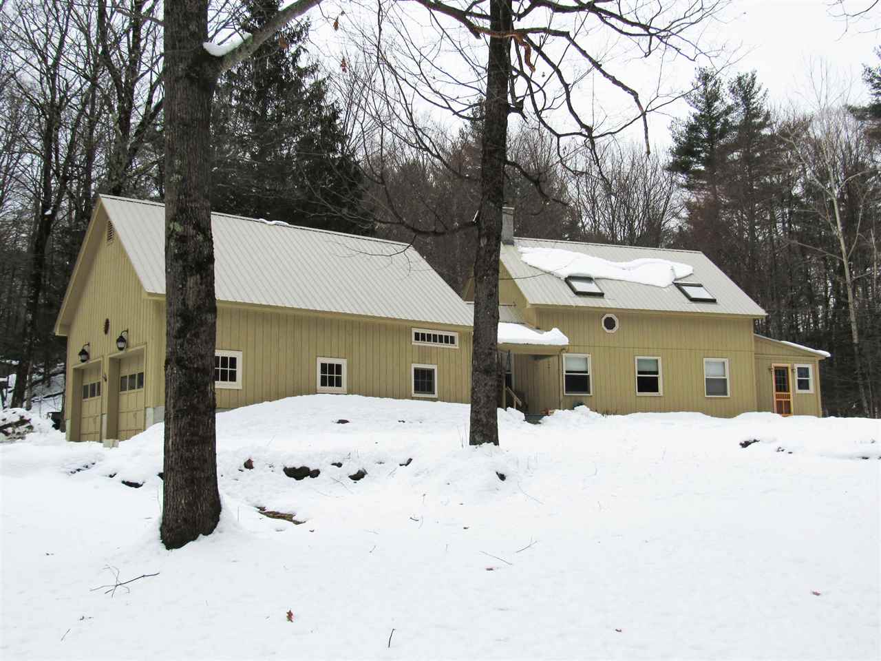 Great country setting in South Newfane. Great...