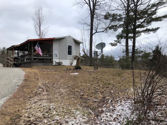 2 bedroom 2 full baths mobile home on a very nice...
