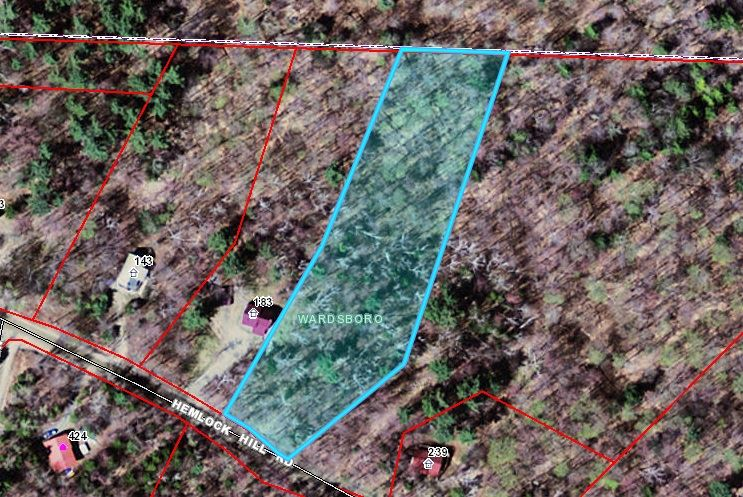 This 2.32 acre wooded lot in Snow Mountain Farms...