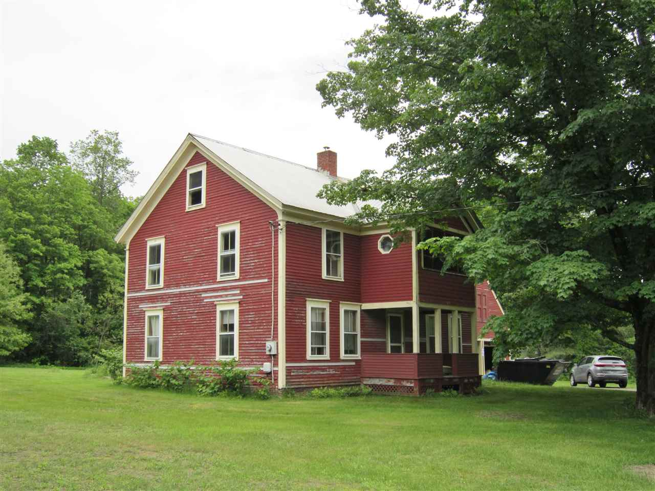 1880 Colonial located on beautiful 1.7 acre lot...