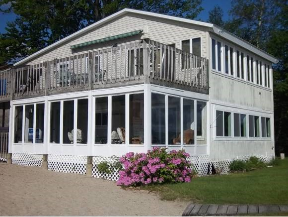 MLS 4325077: 210 West Shore Road, Bristol NH