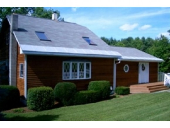 CLAREMONT NH Home for sale $$149,900 | $84 per sq.ft.