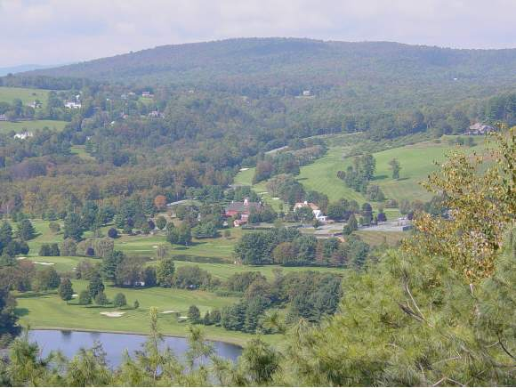 VILLAGE OF QUECHEE IN TOWN OF HARTFORD VT Condo for sale $$195,000 | $144 per sq.ft.