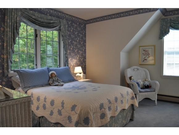 Second Guest Bedroom 7047234