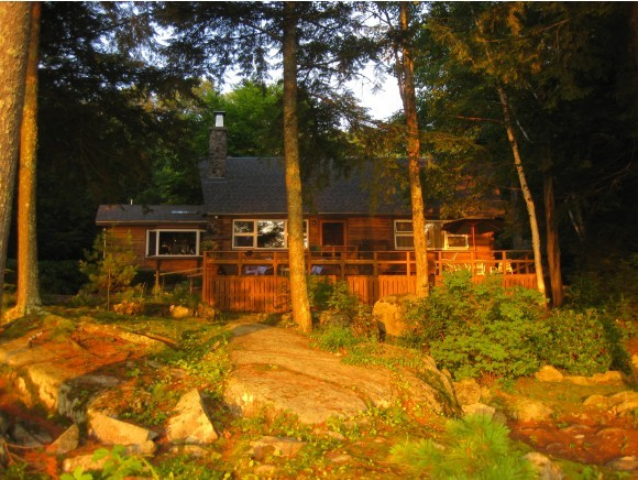 MLS 4396005: 19 Red Lodge Road, Holderness NH