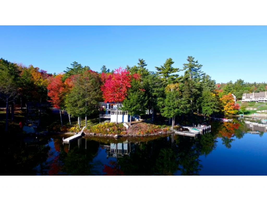 SUNAPEE NH Lake House for sale $$2,200,000 | $1,149 per sq.ft.
